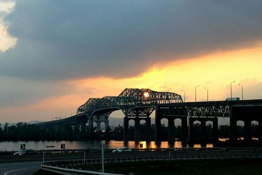 800px-Champlain_Bridge_Montreal
